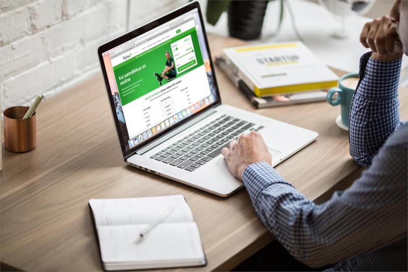raha24 - laptop